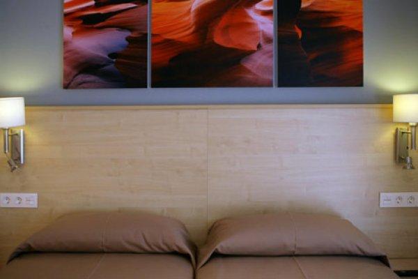 Preparando la temporada 2012. Hotel Acapulco Lloret